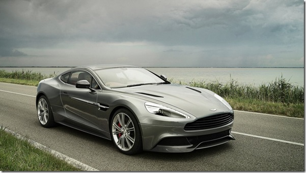 b2d55f8589 Marca  Aston Martin Modelo  Vanquish Tom de Cinza  Athlete Silver