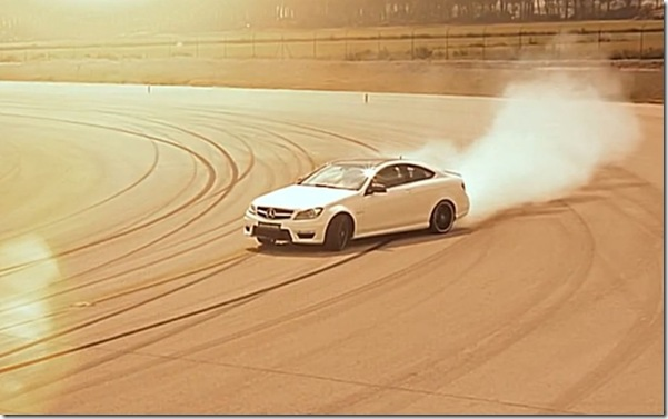 Mercedes-Benz-C63-AMG-Coupe-powerslide-1024x640
